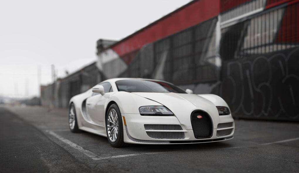 2012_Bugatti_Veyron_Super_Sport___credit_Patrick_Ernzen___2015_RM_Sotheby_s_.0
