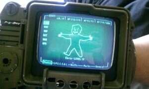 Fan serii Fallout stworzył działającego Pip-Boya 3000a