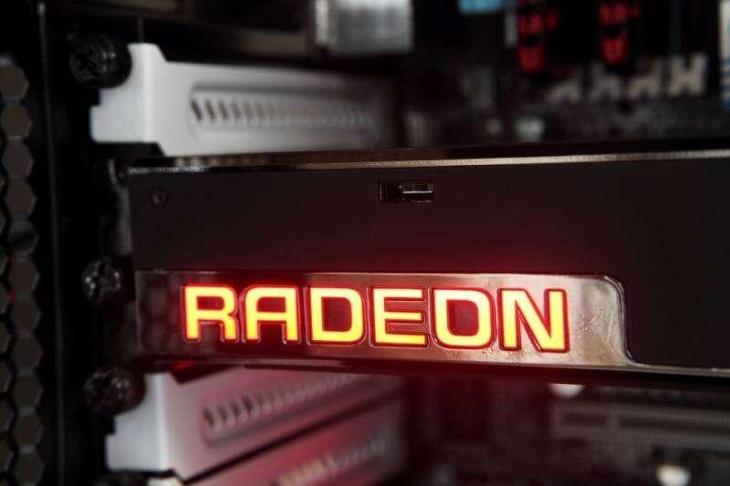 radeon-furyx-17-950x6332-800x533