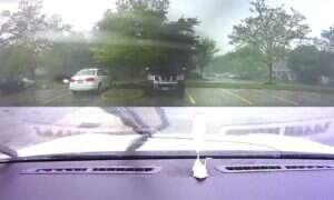 Oto, co może się zdarzyć, gdy koło elektrycznego samochodu Tesli rąbnie piorun