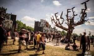 Z aparatem i bez strzelby we Francji: Hellfest, Bretania, Paryż