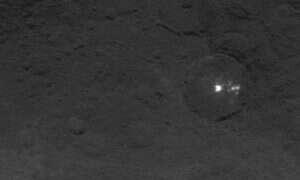 Karłowata planeta Ceres kryje sporo niespodzianek