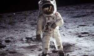 Buzz Aldrin chce wysłać ludzi na Marsa