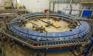 Wielki magnes w Fermilab jest gotowy do pracy