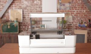 Glowforge – hybrydowa drukarka 3D zdolna korzystać z niemal każdego materiału
