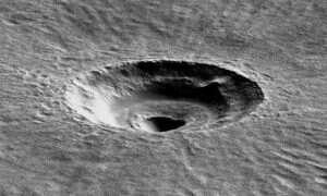 Gigantyczna lodowa tafla pod powierzchnią Marsa