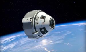 """""""Taksówka"""" kosmiczna Boeinga produkowana w byłym hangarze wahadłowców"""
