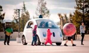 Halloween: Google uczy swoje autonomiczne samochody, jak uważać na dzieci