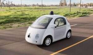 Samochody Google przejechały 2 miliony kilometrów bez mandatu