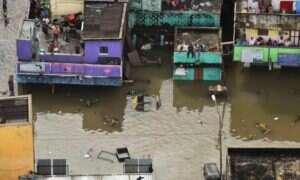 Powódź w indyjskim Chennai – drony ratują ponad 200 osób