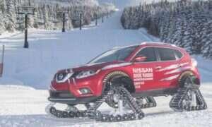 Nissan Rouge na gąsienicach