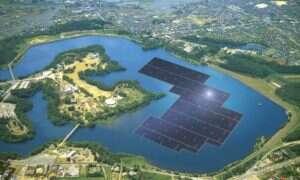 Właśnie powstaje największa na świecie pływająca farma solarna