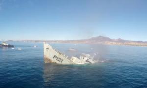 Sfilmowano tonący statek – tak się tworzy sztuczną rafę