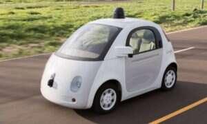 Autonomiczny samochód Google po raz pierwszy doprowadził do wypadku