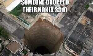 Prasa hydrauliczna kontra Nokia 3310