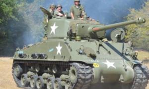 Na aukcję wystawiono odrestaurowany czołg M4 Sherman