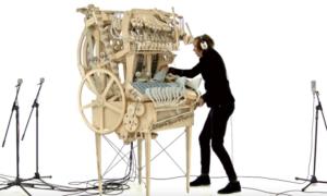 Muzyczna maszyna zasilana kulkami