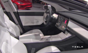 LG producentem ekranów w Tesli Model 3?