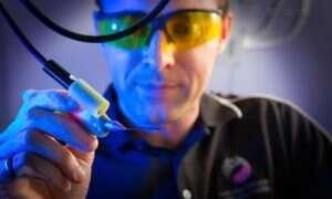 Pióro-drukarka 3D pozwalające chirurgom tworzyć implanty w trakcie operacji