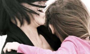 Głos matki aktywuje sporo obszarów w mózgu dziecka