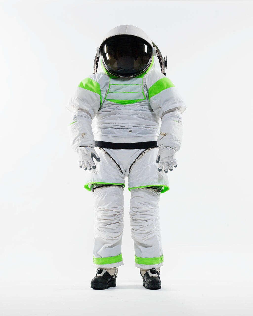 Z-1_Spacesuit_Prototype_-_standing_Nov_2012