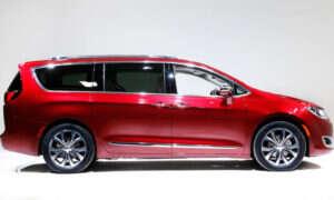 Następny autonomiczny samochód Google to minivan Chrysler