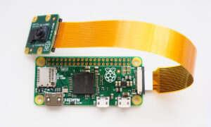 Do nowej wersji Raspberry Pi Zero będzie można podłączyć kamerę