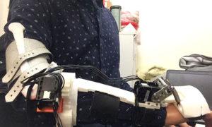 Egzoszkielet dla pacjentów z chorobą Parkinsona