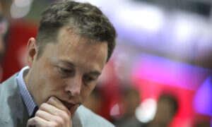 Musk ponownie ostrzega przed AI