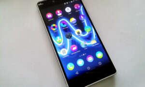 Wiko Fever Special Edition, czyli smartfon, który świeci