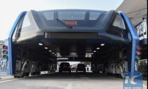 Futurystyczny autobus z Chin gotowy do testów
