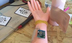 Dzieła nastoletnich naukowców – elastyczne superkondensatory i inteligentne bandaże