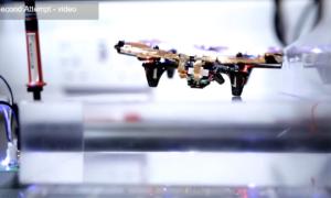Dron bez baterii – zasilany bezprzewodowo