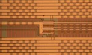Konfigurowalny mikrochip umożliwi utrzymanie prawa Moore'a