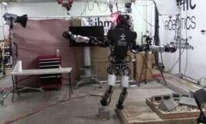 Robot od Boston Dynamics' będący w stanie balansować na jednej nodze