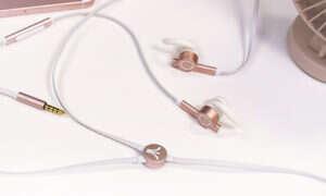 GameON to małe słuchawki douszne celujące w zadowolenie zarówno graczy jak i audiofili