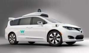 Waymo (Google) chwali się setką swoich autonomicznych Chryslerów