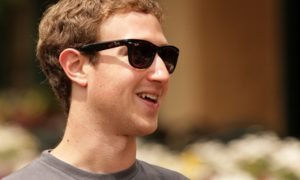 Facebook kolekcjonuje nasze dane, offline czy online