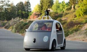Google zmieniło podejście w kwestii samochodu autonomicznego