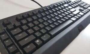 Mini-test klawiatury Razer BlackWidow Chroma V2, a raczej jej porównanie do BlackWidow X Chroma