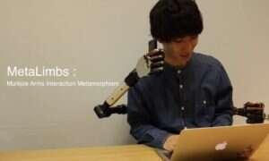 Robotyczne kończyny w stylu Doktora Octopusa, sterowane stopami