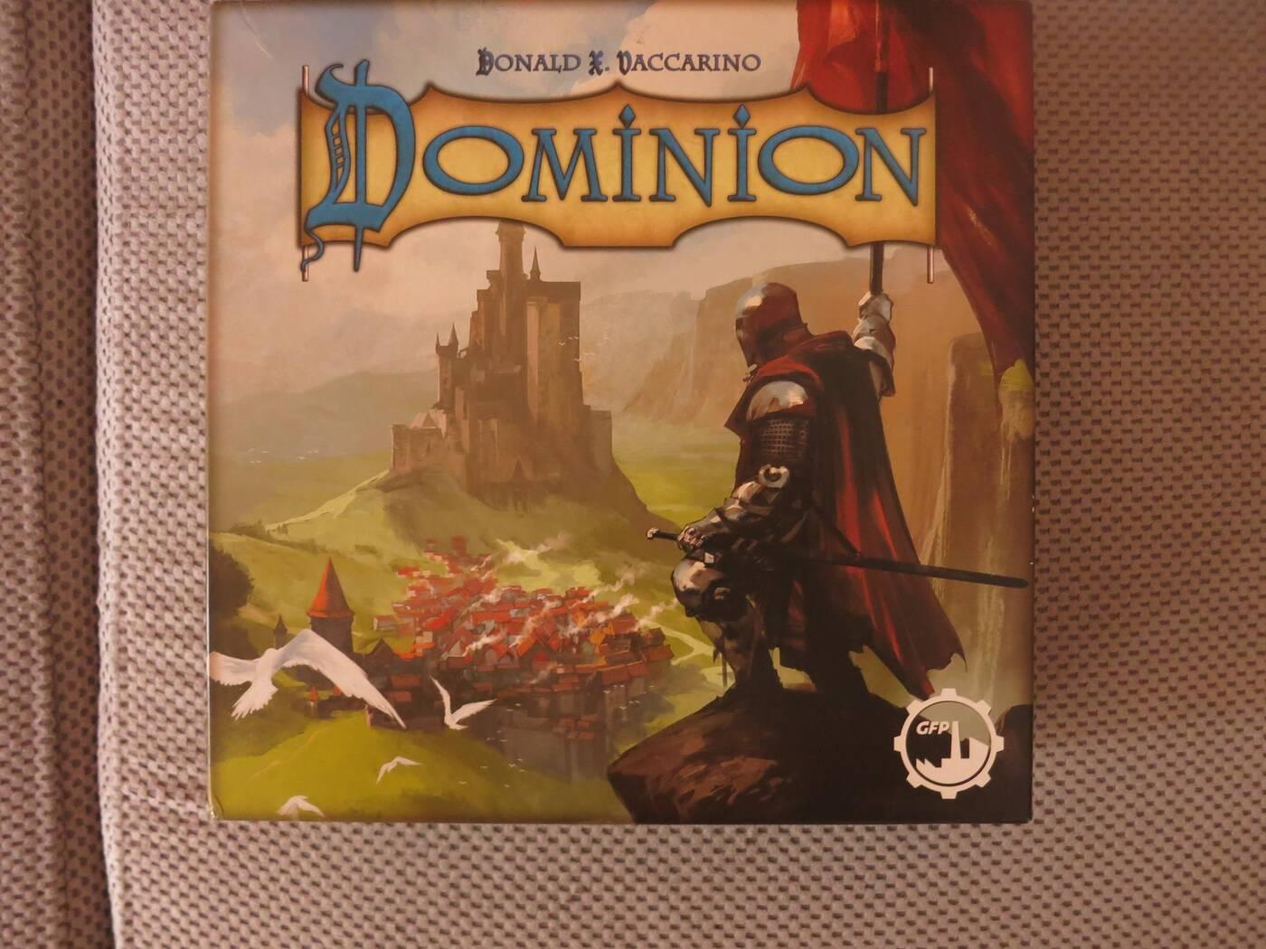 Dominion pudełko