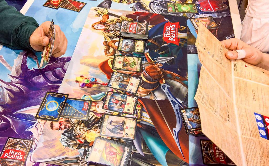 Hero Realms karty