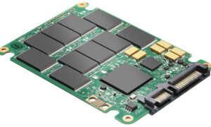 PORADNIK: Dlaczego pojemniejsze dyski SSD są szybsze?