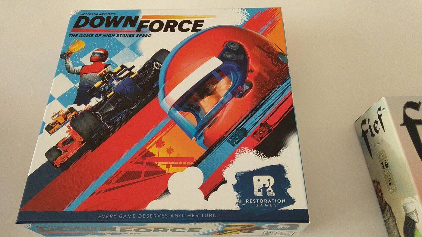 Downforce pudełko