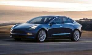 Tesla w trzy tygodnie postawiła namiot produkcyjny Modelu 3