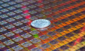 10nm proces Intela zwiększa gęstość tranzystorów o 2,7 razy