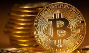 Bitcoin ponownie zaczyna zyskiwać na wartości