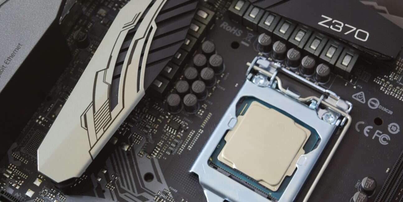 Intel, procesor, CPU, 9. generacji, Intel Core 9. generacji, generacja, Ice Lake, Coffee Lake-S, odświeżenie, data premiery, dzień premiery, kiedy, debiut,