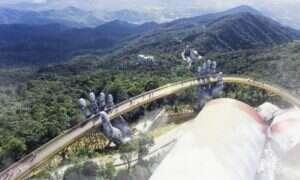 Golden Bridge w Wietnamie dosłownie w rękach… bogów?